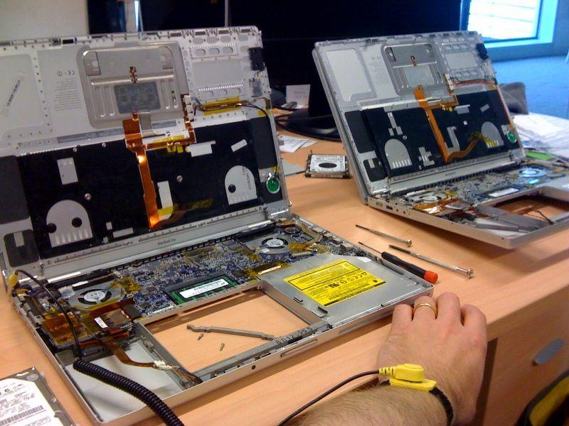 Oprava notebooku u ABAXu se vyplatí. Ušetříte tisíce!